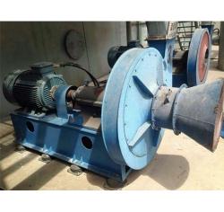 新疆其亚铝电有限公司设备维修现场